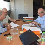 Υπογραφή σύμβασης για αποκατάσταση πεζοδρομίων και ασφαλτικών στο Καλοχώρι.