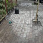Συντήρηση και κατασκευή πεζοδρομίων στη ΔΕ Ληλαντίων