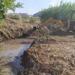 Καθαρισμός καναλιών στη Λ. Άμμο και στην περιοχή του Δοκού