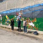«Ντύνεται» αθλητικά με graffiti το Δημοτικό Στάδιο Χαλκίδας